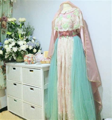 Aisiyah Syari New Series Warna Fuschia gaun pengantin syar i rancangan putri aa ini laris