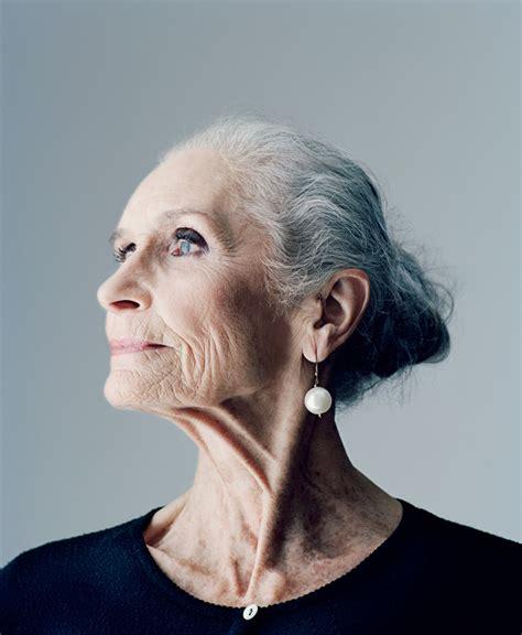 44 years old and 75 grey hair more than a pretty face 191 modelos de 60 y 80 a 241 os si al