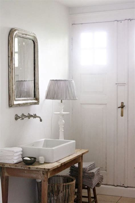 vintage chic bathroom vintage bathroom decorating pinterest vintage