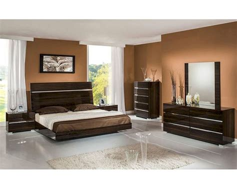 Lacquer Bedroom Set by Contemporary Lacquer Bedroom Set 44b114set