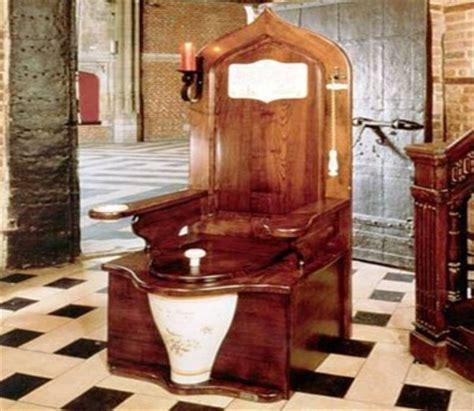 Terompet Tali Se 10 toilet paling aneh dan unik di dunia