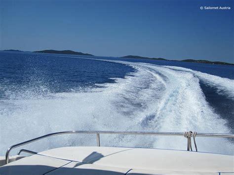motorboot urlaub kroatien bootsf 252 hrerschein f 252 r kroatien k 252 stenpatent in kroatien