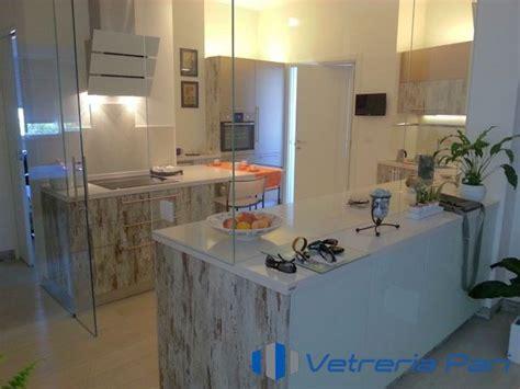 Cucina Con Porta Scorrevole by Pareti In Vetro Sistemi Ad Impacchettamento Vetreria A