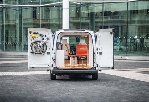 designboom portable office e nv200 workspace all electric mobile office by nissan