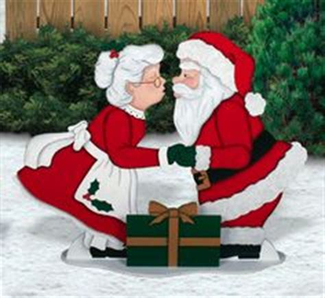 3 ft animatedmrsclaus animated santa and mrs claus on black american royalty free stock photos