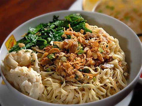 Pangsit Mie Mie Ayam resep mie pangsit jakarta dan cara membuatnya yang simpel info masakan