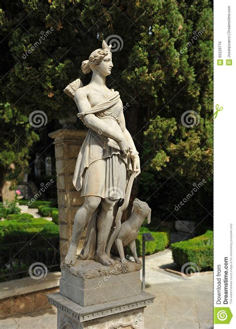 Garden Of The Goddess by Huntress Diana In A Garden Of Granada Spain Stock Photo