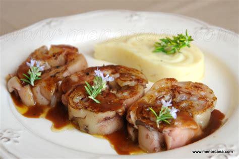 como cocinar manos de cerdo manitas de cerdo rellenas con foie y salsa pedro ximenez
