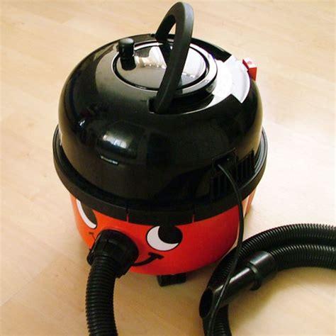 Vacuum Cleaner Heles de dingen die deze week ook gebeurden in de politiek vice