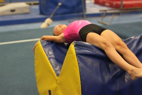 Gymnastics Mats For Back Handsprings by 11 Tumbling Hacks That Work So Well It Almost Feels Like