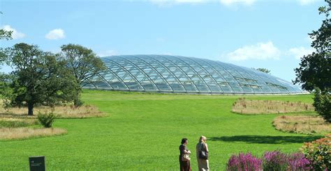Botanic Garden Wales River View Touring Park Places To Visit