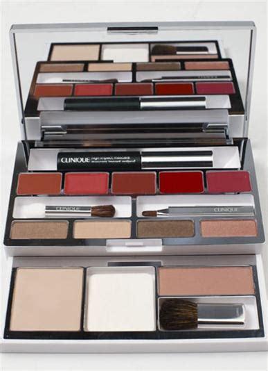Paket Kosmetik Palet Kosmetik Palette Palet palet istimewa