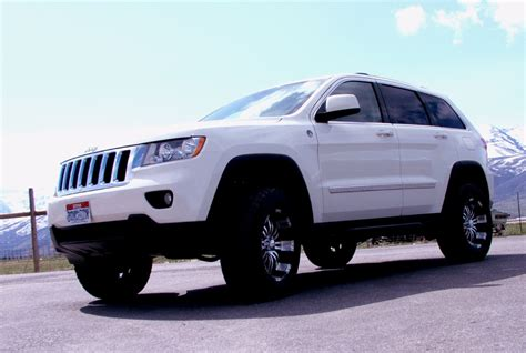 2015 grand cherokee lifted jeep grand cherokee wk2 lift kit 2011 2012 2013