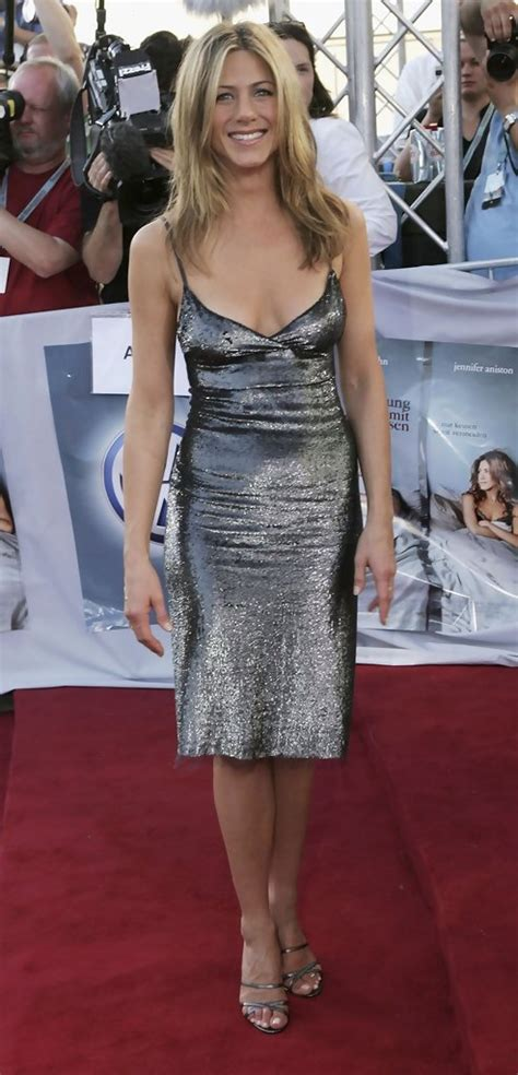 Aniston Slip From The Breakup by Aniston In The Up Special Screening 9 Of 15