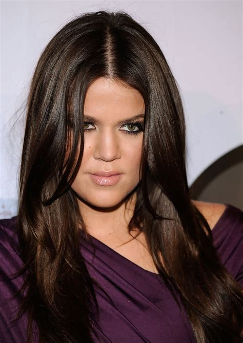 khloe kardashian goes brunette heres how she got her new hair khloe kardashian nude lipstick khloe kardashian makeup
