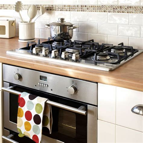 Shaker Kitchen Ideas Hob And Oven Be Inspired By This Simple Shaker Kitchen