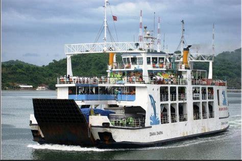ferry lombok sumbawa kecelakaan kapal feri di lombok