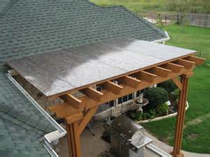 Roof Coverings For Pergolas by Polycarbonate Covered Pergola Pergola Cover Diy Patio