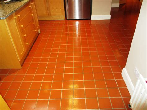 Kitchen Tile Floor Scrubber Quarry Tiled Kitchen Floor Cleaned In Leatherhead Grout