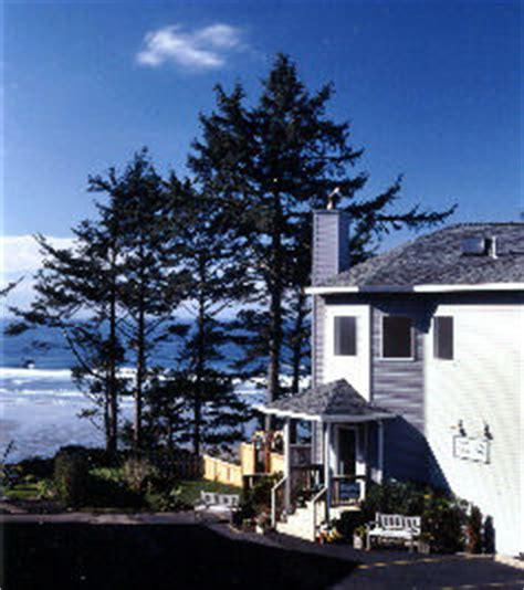 bed and breakfast newport oregon newport oregon bed and breakfast the tyee lodge oceanfront inn