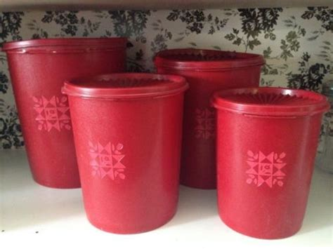 Tupperware Miss Canister 4 Susun canisters vintage and tupperware on