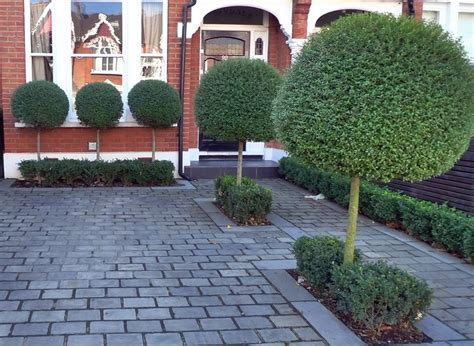 Garden Driveway Ideas Driveway Block Paving With Topiary Planting Driveway