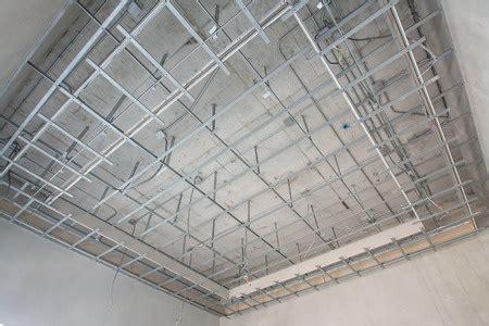 Prix Pose Faux Plafond Ba13 by Realiser Un Faux Plafond En Ba13 Maison Travaux
