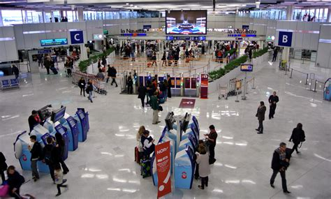 Comptoir Air Orly by Orly Ouest 94 Les Agents Et Les Passagers Craquent Npa