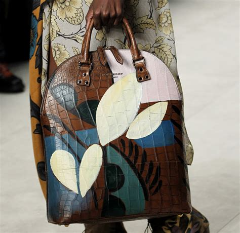 Burberry 2008 Handbags Runway Review by Burberry Fall 2014 Runway Bags 2 For Best Designer