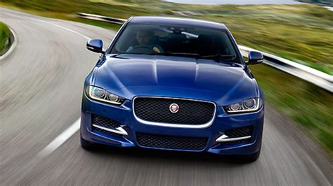 Jaguar Auto Kosten by Jaguar Xe Das Kostet Die Neue Mittelklasse Limousine