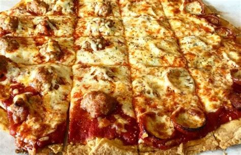 best chicago pizza dish vs thin crust pizza the poll results are in