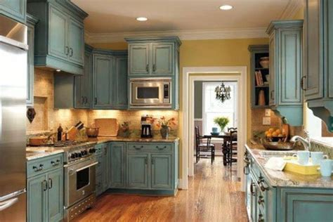 annie sloan chalk painted kitchen cabinets annie sloan chalk paint kitchen cabinets home pinterest