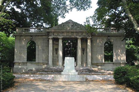 rodin museum philadelphia pictures