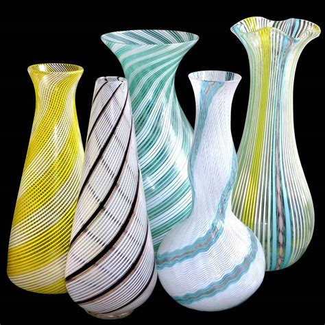 Flower Vases Glass by Dino Martens Aureliano Toso Murano Ribbons Italian Glass Flower Vase At 1stdibs