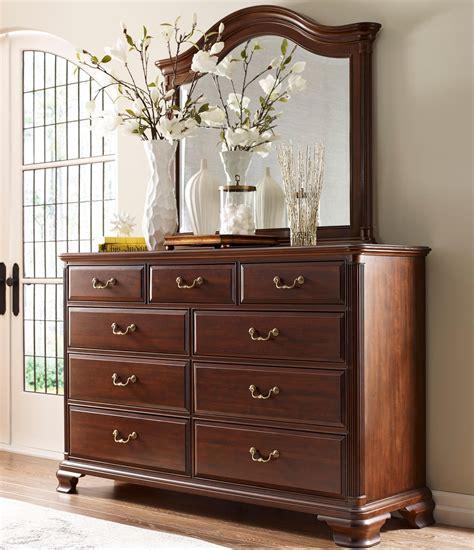 kincaid bedroom set kincaid furniture hadleigh traditional dresser and mirror