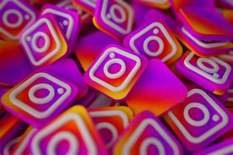 pile   instagram logos photo