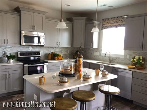 Kitchen Cabinets Colors 2014 Overview For Glitteronthehighway