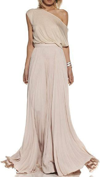 flowy meaning 25 best ideas about grecian gown on pinterest grecian