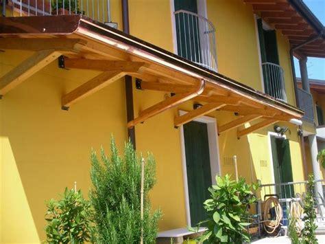 tettoie in vetro e legno pensiline in legno pergole e tettoie da giardino