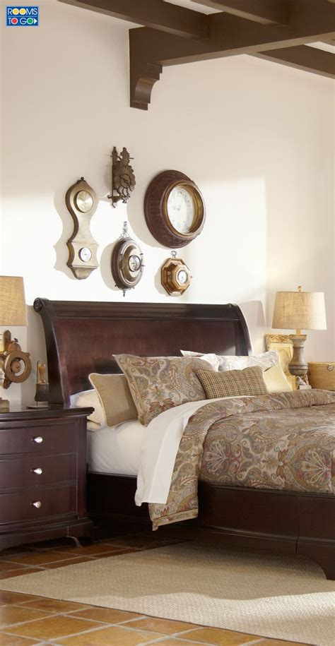 Bedroom Decor Sets by Up The Look Of Your Bedroom With The Whitmore