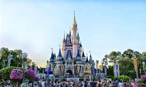 the beautiful country and the middle kingdom america and china 1776 to the present books everything we care关于留学 第四期 disneyland in florida 网校 留学
