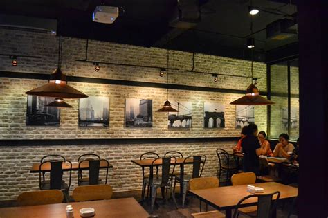 layout cafe minimalis design interior cafe moderen dan klasik