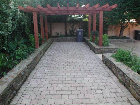driveways natural stone cobblelock resin bond gravel