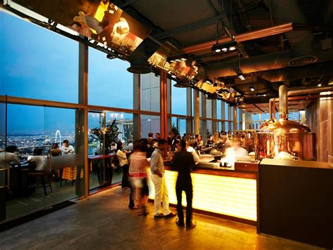 roof top bar singapore 30 rooftop restaurants bars in singapore with the best view