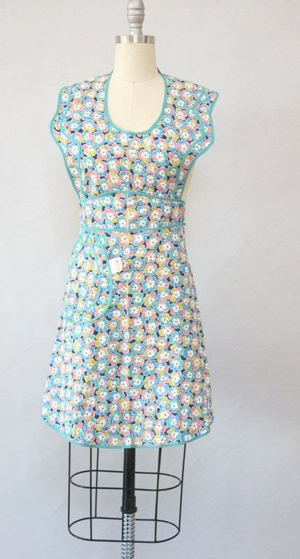 sewing apron strings 250 best pretty little apron strings images on pinterest