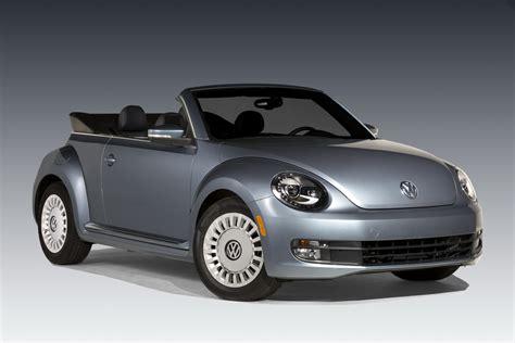 new volkswagen beetle convertible new beetle convertible denim edition joins vw s lineup