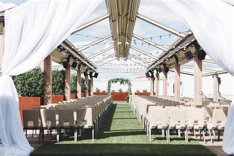 intimate wedding venues dallas renaissance dallas hotel wedding rooftop ceremony