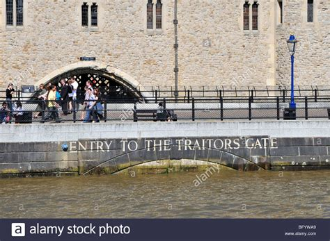 thames river tidal gates entry to the tower of london traitors gate from river