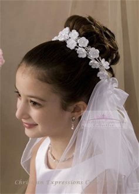 peinados para ninas de primera communion primera comuni 243 n on pinterest first communion salud and