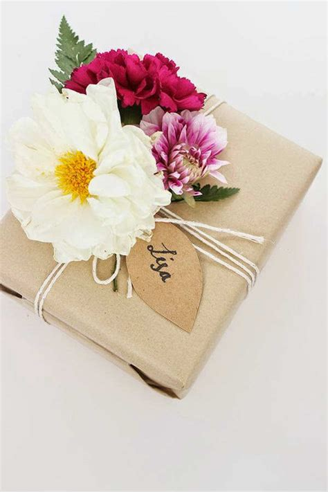 Beautiful Gifts 10 beautifully wrapped presents tinyme